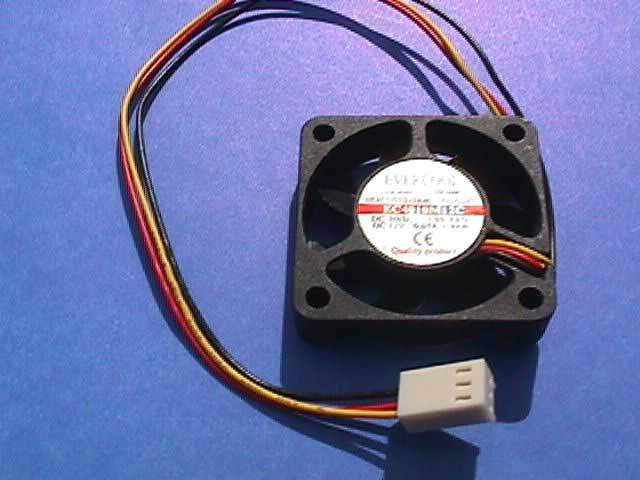 40x40 FAN BB Ball Bearing WITH CABLE 3-WIRE