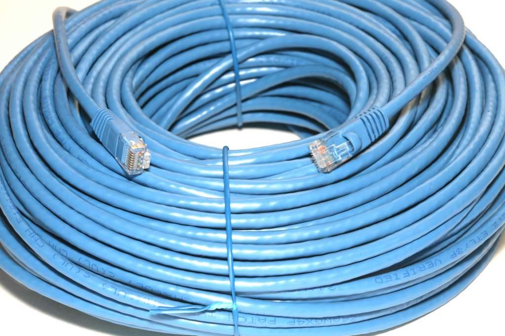 CAT6 300FT Blue NETWORK CABLE RJ45 COPPER